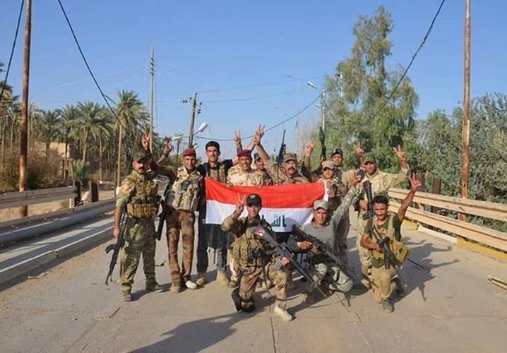 Anh: Quan doi Iraq giai phong lang mac o Anbar khoi IS-Hinh-5