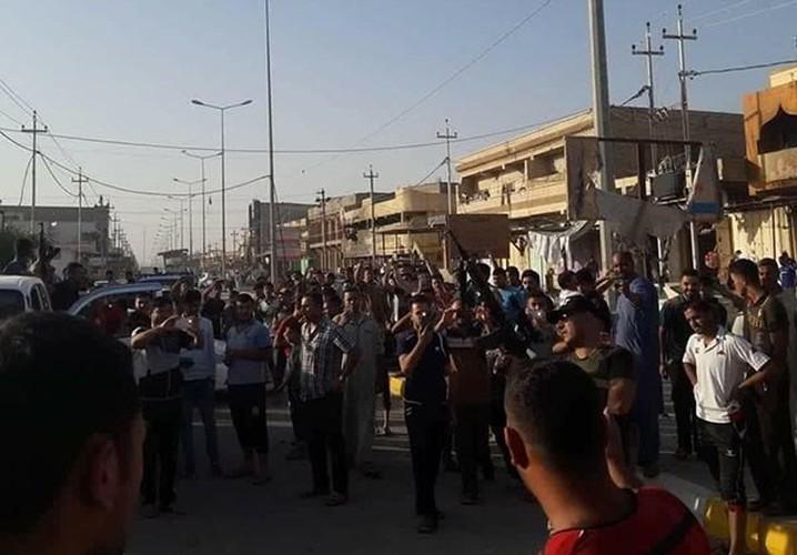 Anh: Quan doi Iraq giai phong lang mac o Anbar khoi IS-Hinh-9