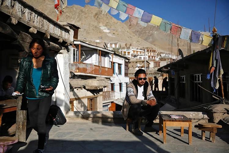 """Cuoc song o vung dat """"Tieu Tay Tang"""" tren nui Himalaya-Hinh-4"""