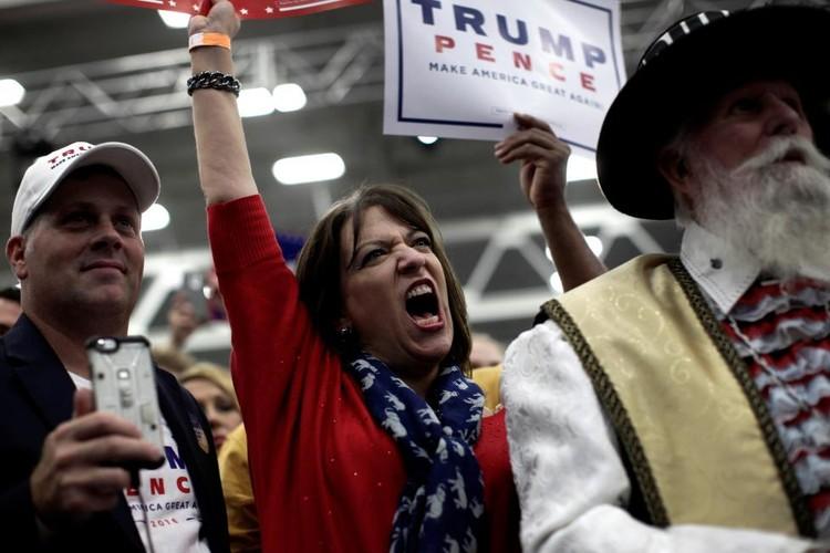 Anh: Nhung nguoi phu nu cuong nhiet ung ho Donald Trump-Hinh-8
