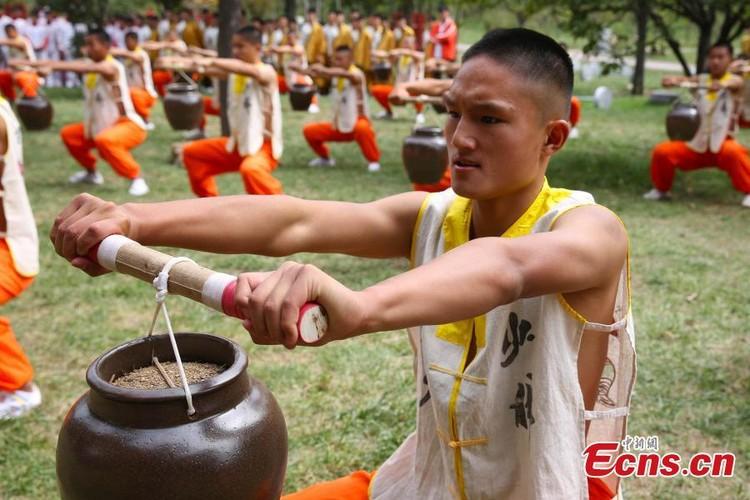 Canh kho luyen cua vo sinh Thieu Lam o Trung Quoc-Hinh-3
