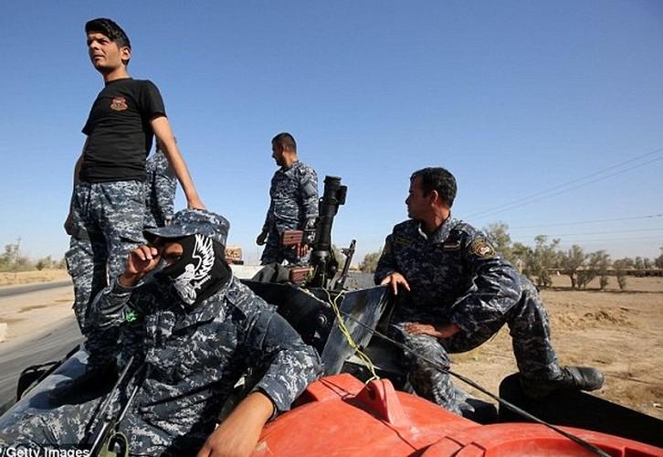 Hinh anh ban dau cua chien dich giai phong Mosul-Hinh-10