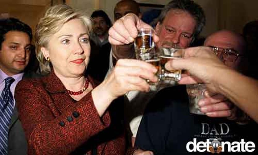 Nhung buc anh ma ba Hillary Clinton muon xoa nhat-Hinh-7