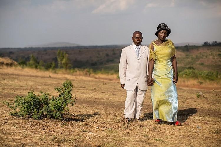 Can canh dam cuoi tap the cua nguoi ti nan Cong-go o Burundi-Hinh-12