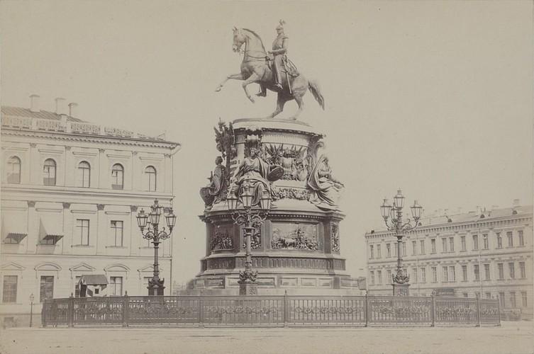 Chiem nguong thanh pho St.Petersburg giua the ky 19-Hinh-5