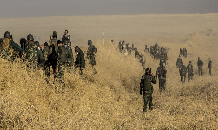 Toan canh nguoi Kurd danh IS tren chien truong Mosul-Hinh-5