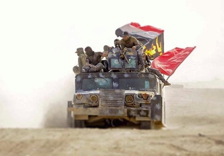 Dan chung Iraq dua nhau tro ve nha sau giai phong