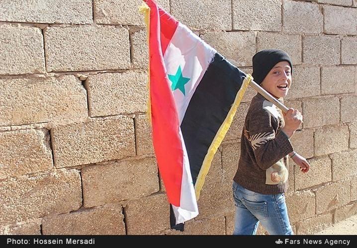 Chum anh quan dan Syria an mung chien thang Aleppo-Hinh-3