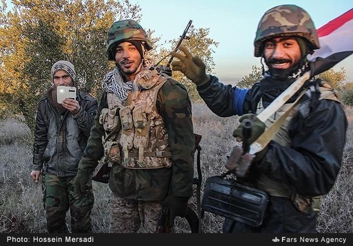 Chum anh quan dan Syria an mung chien thang Aleppo-Hinh-5