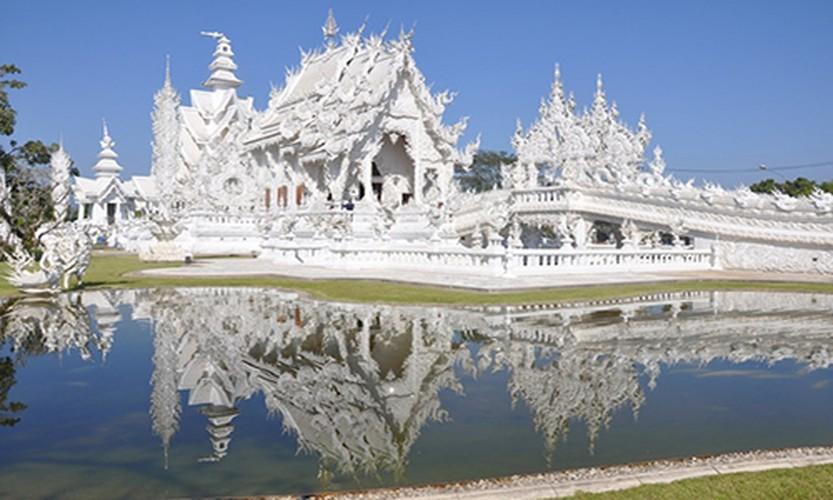 Ngan ngo truoc khung canh 10 thi tran dep nhat Thai Lan