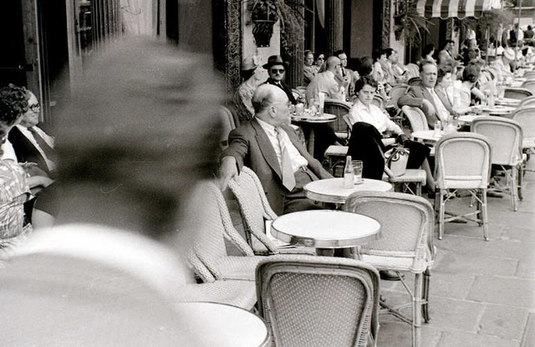 Cuoc song thuong nhat o thu do Paris nam 1955 qua anh-Hinh-4