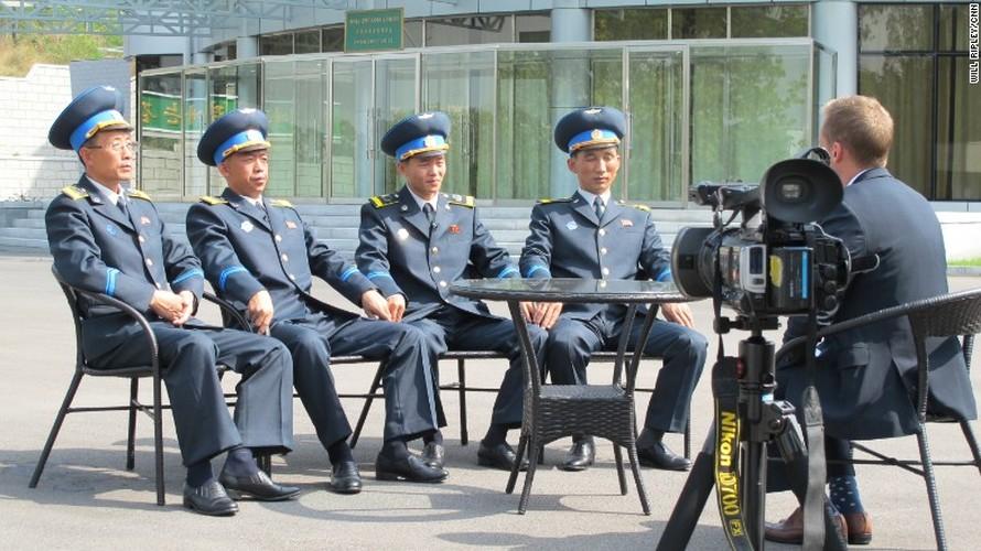 Dot nhap Trung tam ve tinh  cua CHDCND Trieu Tien-Hinh-4