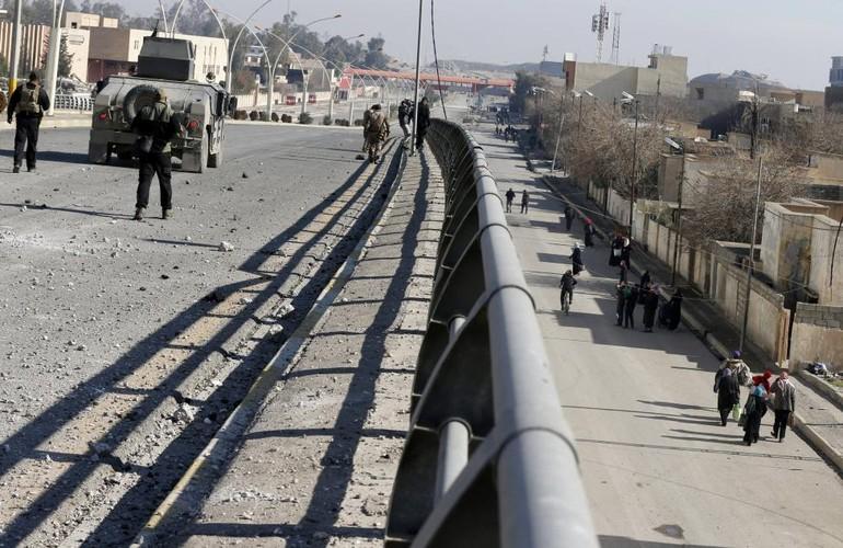 Anh: Dac nhiem Iraq thua thang xoc toi o thanh pho Mosul-Hinh-5