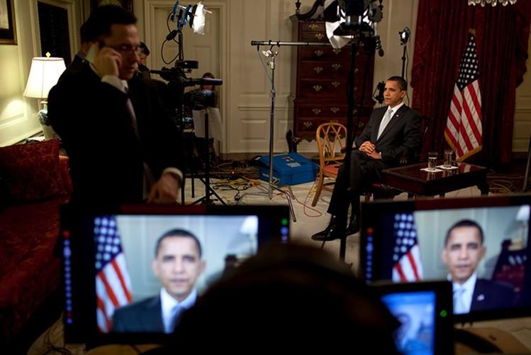 Tong thong Obama trong 100 ngay dau nham chuc-Hinh-10