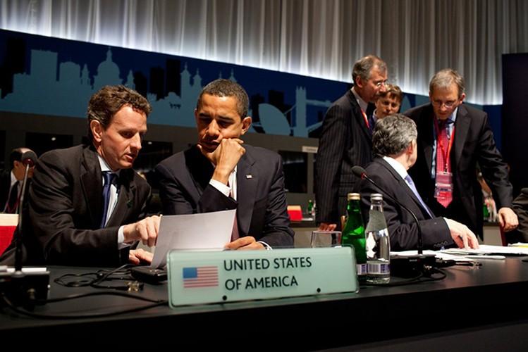 Tong thong Obama trong 100 ngay dau nham chuc-Hinh-11