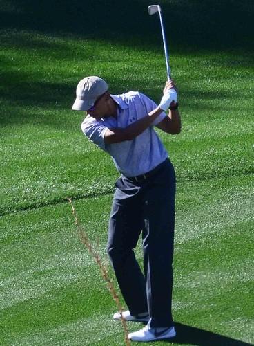 Anh: Cuu Tong thong Obama choi golf sau khi roi Nha Trang-Hinh-3