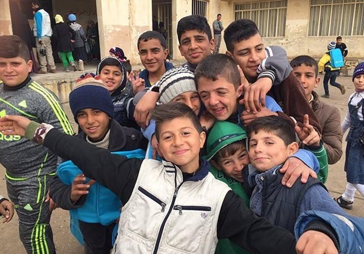 Anh: Hoc sinh Iraq no nuc di hoc o thanh pho Mosul-Hinh-4