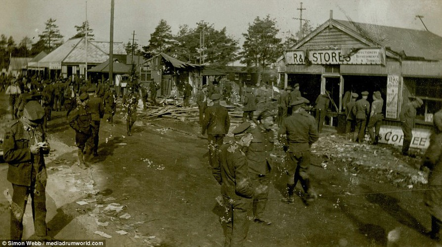 Chum anh tinh hinh bat on o Anh nam 1919-Hinh-2