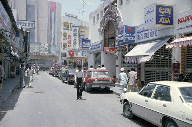 Kham pha cuoc song o Dubai hoi thap nien 1980-Hinh-6