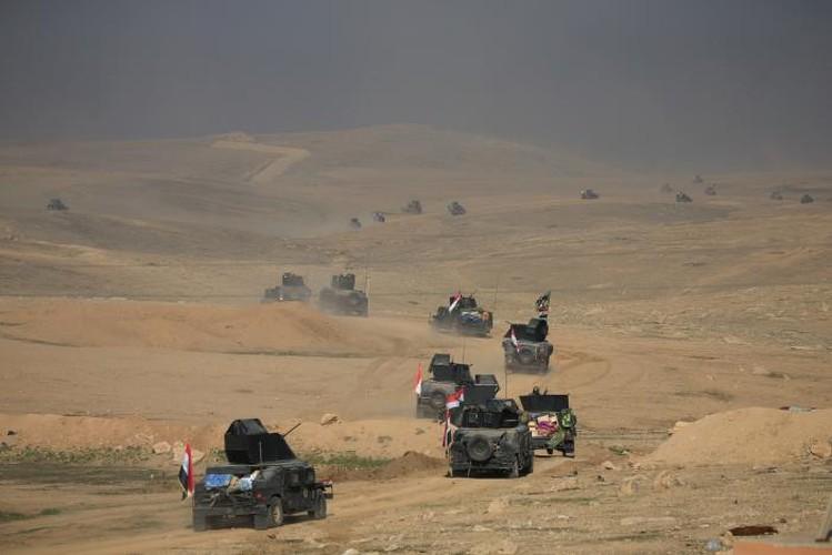 Anh: Luc luong Iraq giai phong san bay Mosul khoi IS-Hinh-10