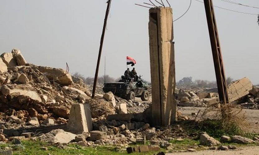 Anh: Luc luong Iraq giai phong san bay Mosul khoi IS-Hinh-4