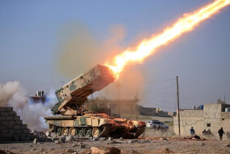 Anh: Luc luong Iraq giai phong san bay Mosul khoi IS-Hinh-5