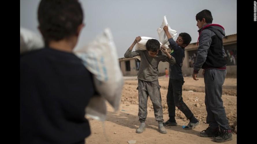 Chien dich giai phong Mosul: Mau lua va chua ket thuc (2)-Hinh-11