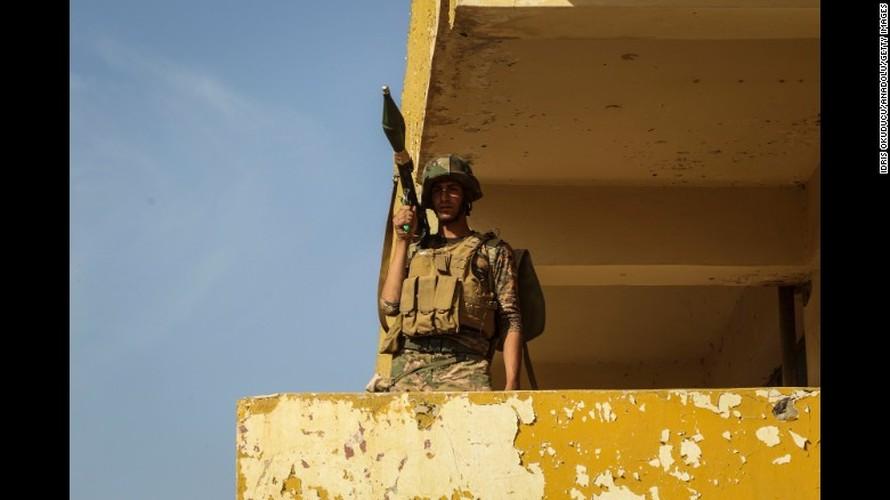 Chien dich giai phong Mosul: Mau lua va chua ket thuc (2)-Hinh-14