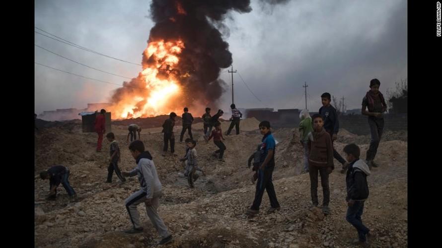 Chien dich giai phong Mosul: Mau lua va chua ket thuc (2)-Hinh-3