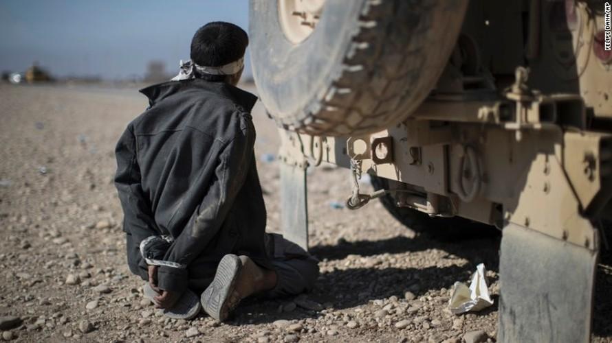 Chien dich giai phong Mosul: Mau lua va chua ket thuc (2)-Hinh-6