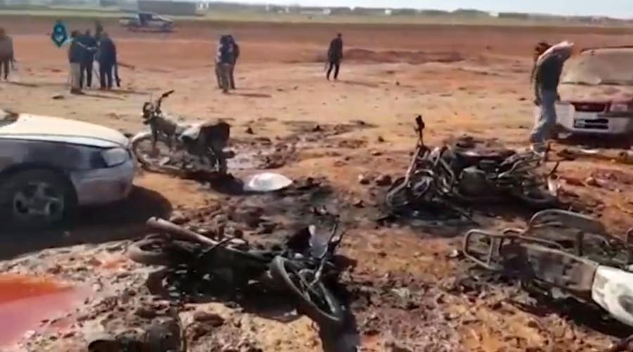 Hien truong kinh hoang vu danh bom xe lieu chet gan Al-Bab-Hinh-5