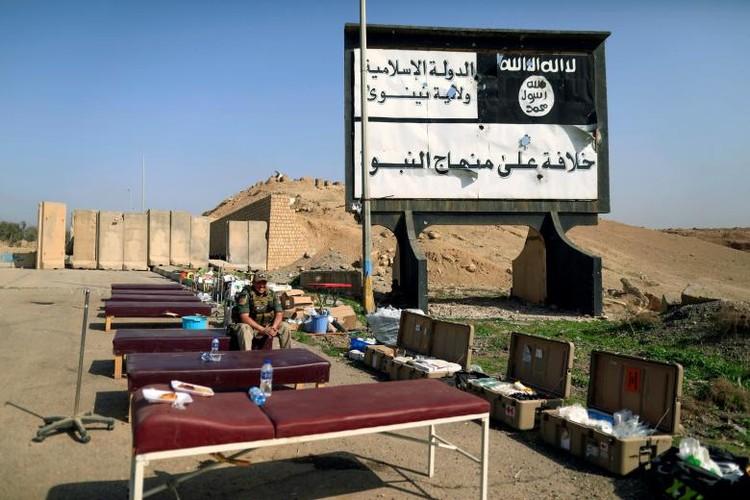 Can canh benh vien da chien o thanh pho Mosul-Hinh-10