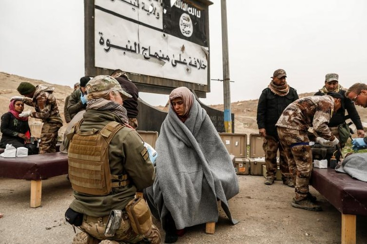 Can canh benh vien da chien o thanh pho Mosul-Hinh-6