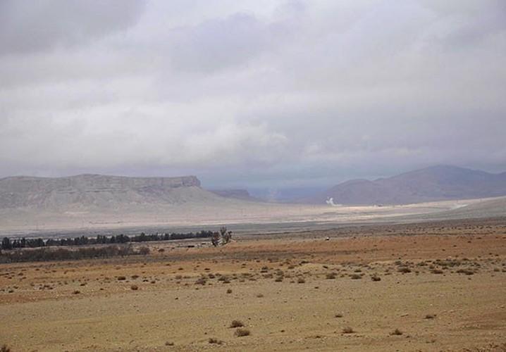 Ben trong thanh pho co Palmyra moi giai phong khoi IS-Hinh-9