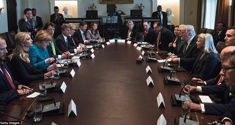 Anh: Tong thong Trump tiep Thu tuong Duc Merkel tai Nha Trang-Hinh-10