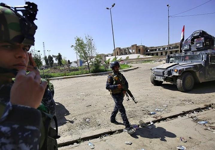 Anh: Luc luong Iraq giai phong 30% Thanh co Mosul-Hinh-4