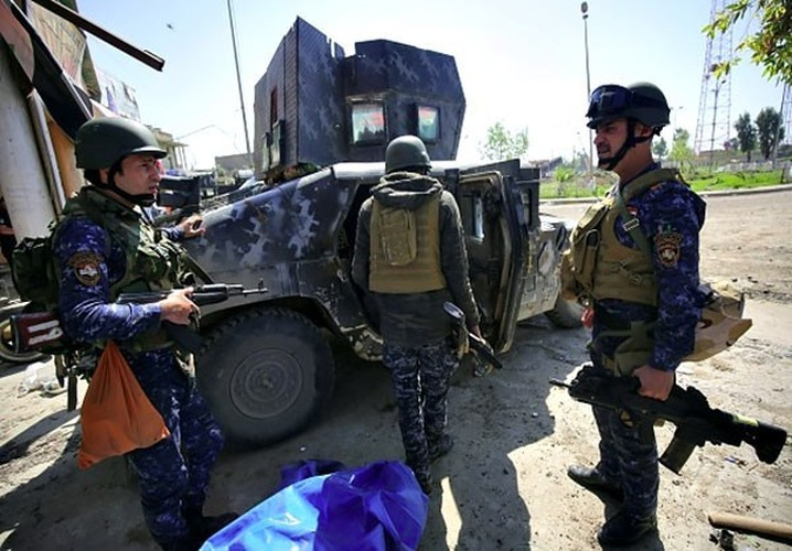Anh: Luc luong Iraq giai phong 30% Thanh co Mosul-Hinh-7