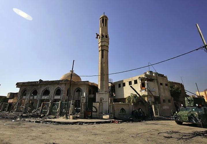 Anh: Luc luong Iraq giai phong 30% Thanh co Mosul-Hinh-8