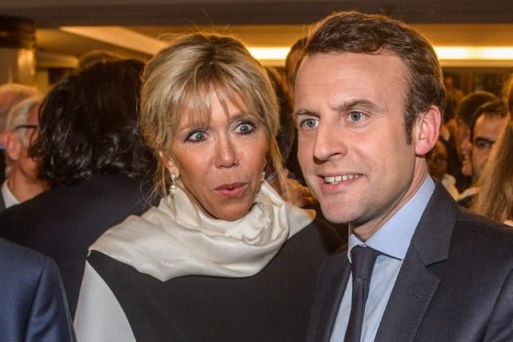 Loat anh cuoc tinh lang man cua Tong thong dac cu Macron-Hinh-7
