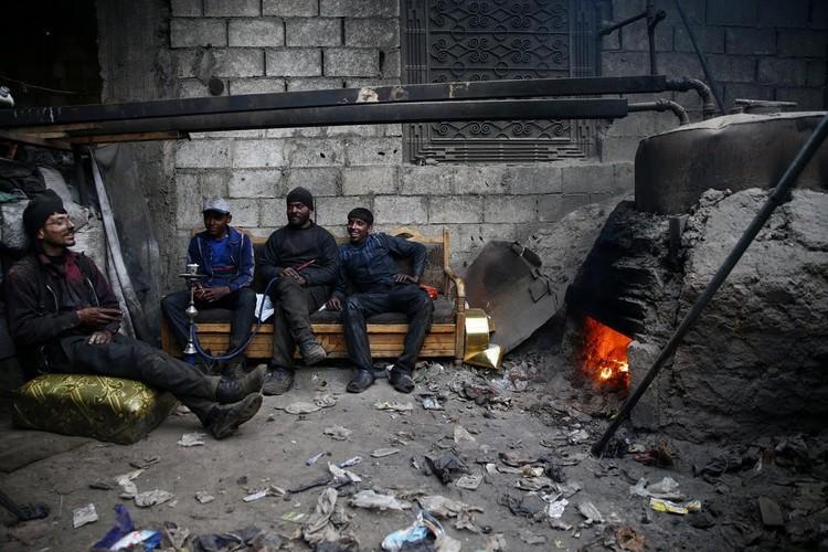 Kinh ngac dan Syria bien rac thai nhua thanh nhien lieu
