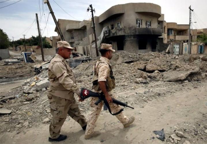 Chum anh Tay Mosul sap sach bong phien quan IS-Hinh-3