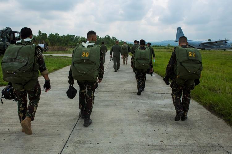 Dac nhiem chong khung bo tinh nhue cua Philippines-Hinh-8