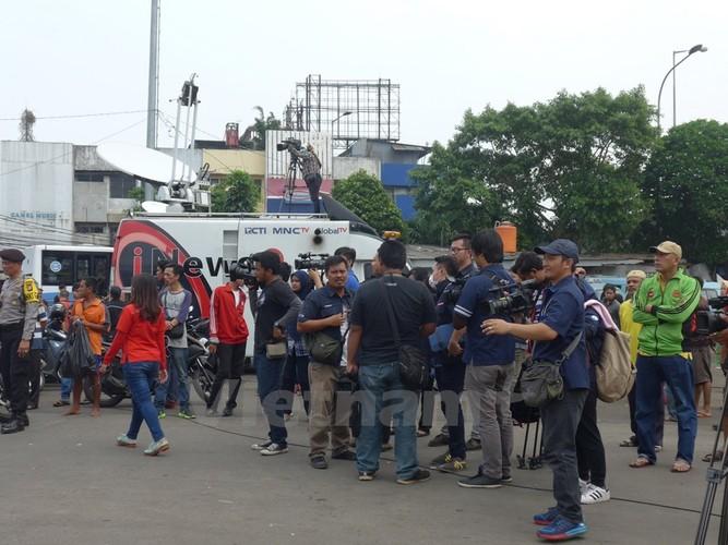 Hien truong danh bom o Indonesia qua anh PV Viet Nam-Hinh-3