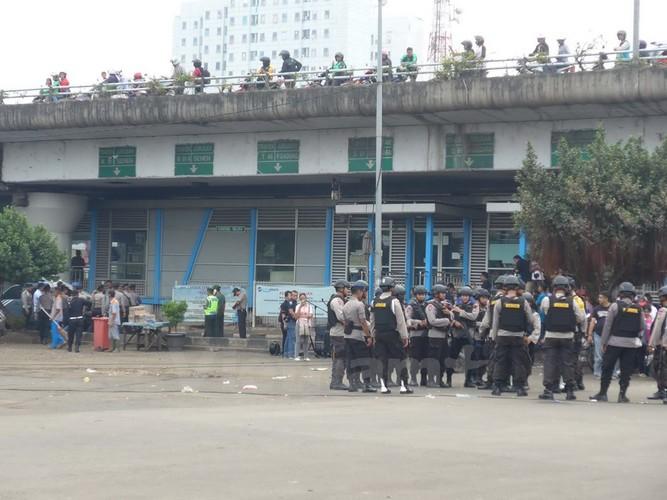 Hien truong danh bom o Indonesia qua anh PV Viet Nam-Hinh-9