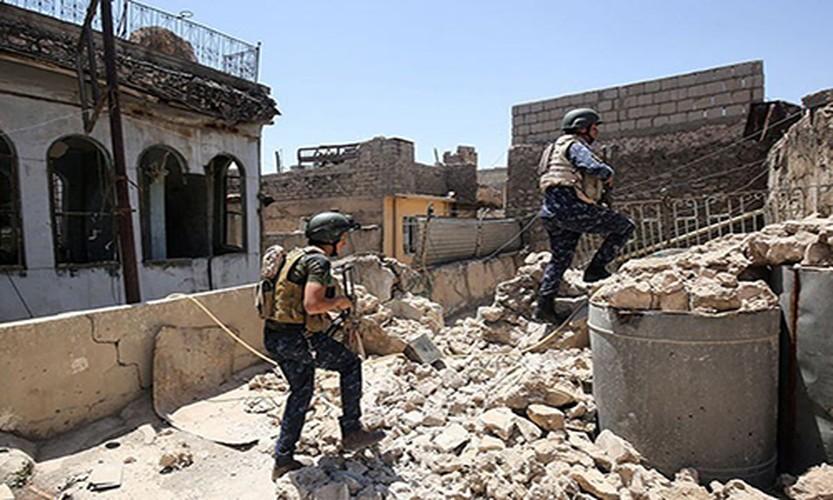 Quan doi Iraq vay chat phien quan IS o Thanh co Mosul-Hinh-7