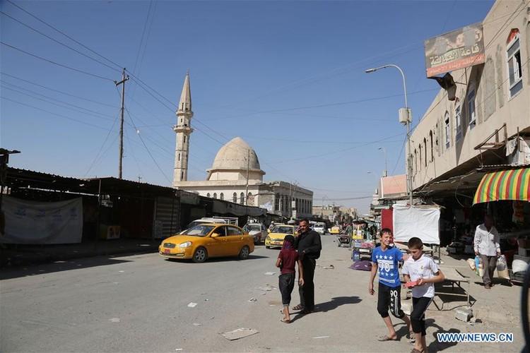 Nhon nhip cuoc song tai khu vuc moi giai phong o Tay Mosul-Hinh-12