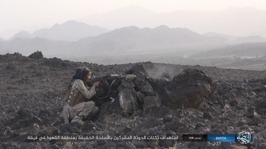 Anh: Phien quan IS danh quan noi day Houthi o Yemen-Hinh-10