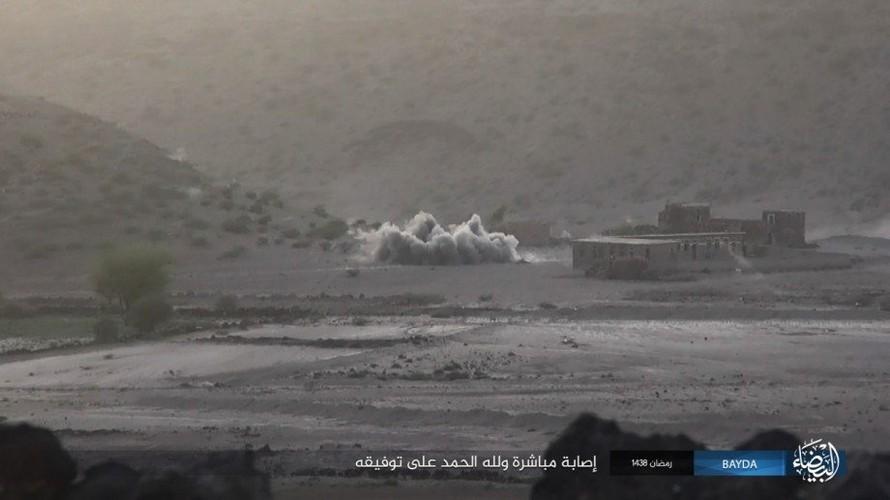 Anh: Phien quan IS danh quan noi day Houthi o Yemen-Hinh-7