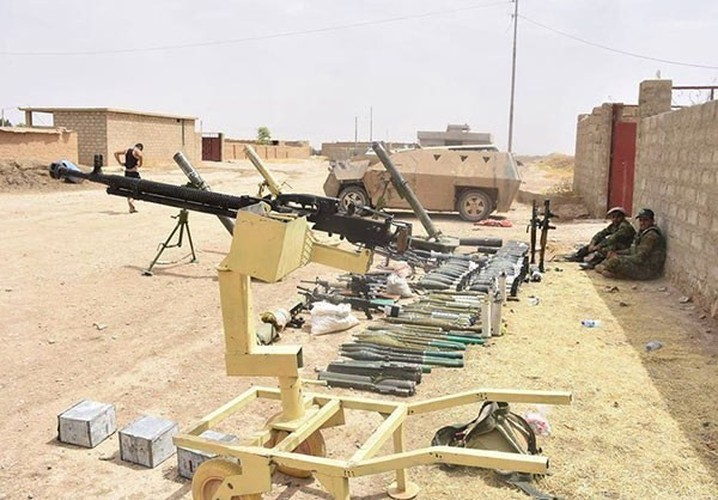 "Chum anh tich thu kho vu khi ""khung"" cua IS o Mosul-Hinh-8"