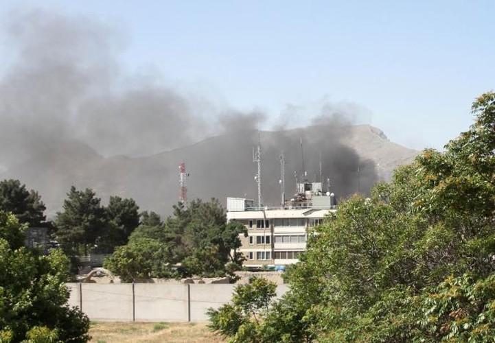 Hien truong danh bom dam mau o Kabul, 430 nguoi thuong vong-Hinh-10